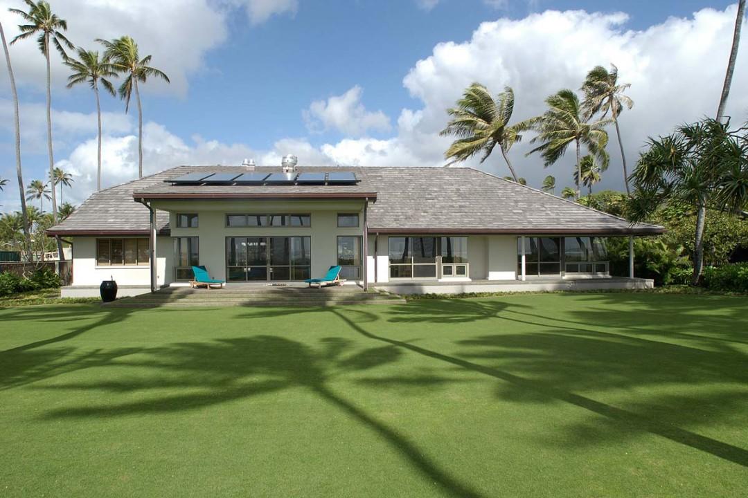Hawaiian with an asian flair armstrong builders for Flair custom homes
